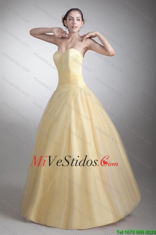 Una línea de novia de cuerpo entero Ruche Quinceañera vestido en ...
