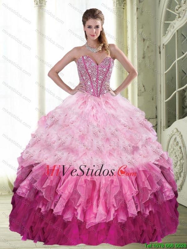 Popular balón vestido de novia que rebordea y capas rizadas ...