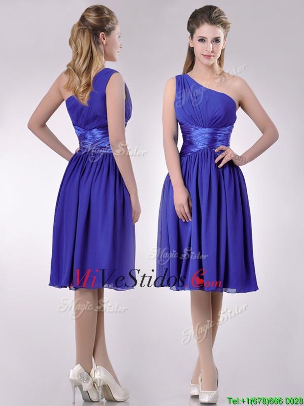 Elegante de un hombro gasa vestido de dama azul con cremallera ...