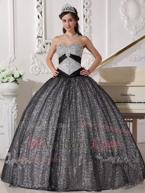 Vestidos de xv en color negro