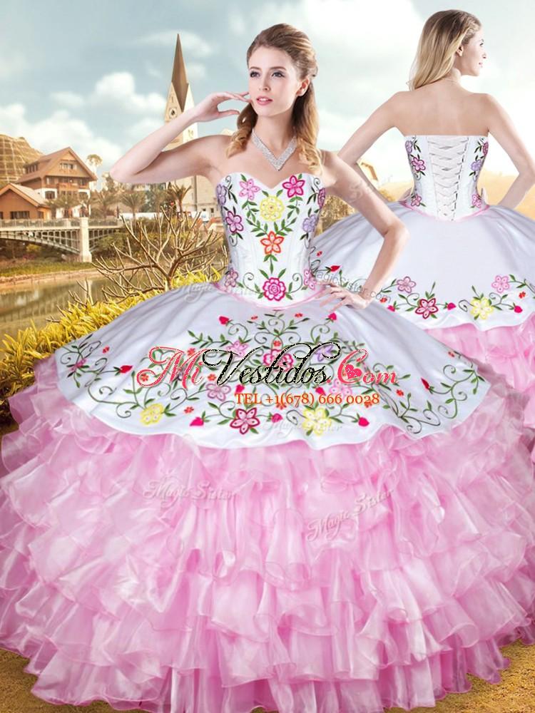 Elegante rosa vestido de fiesta de baile vestido de bola militar y ...