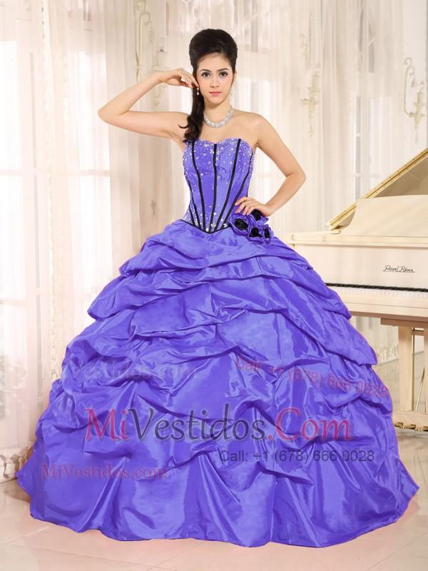 Púrpura Beaded Y Flor Hecha A Manos Vestido De Quinceañera Con Pick ...