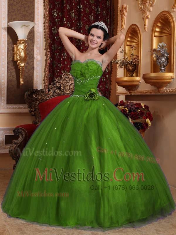 Fotos de vestidos de 15 color verde