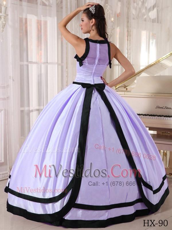Vestidos de 15 color lila y negro