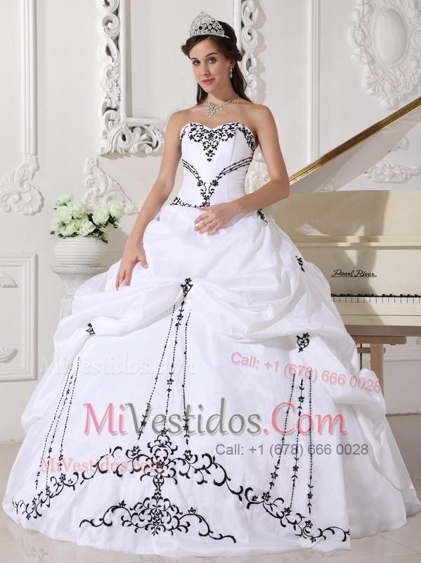 537c1efa9 Blanco Vestido De Fiesta Dulceheart Hasta El Suelo Satén Y Tafetán Bordado  Vestido De Quinceañera. triumph