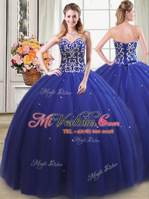 Atractivos cuatro pedazos de azul real vestido de bola rebordeando ...