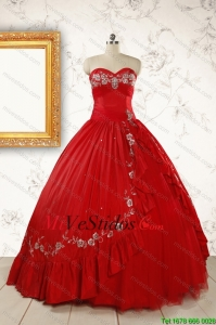 2015 barato Sweetheart Red Puffy Vestidos de quinceañera con Bordado