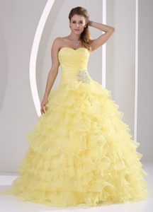 Amarillo Claro Volantes Dulceheart Y Ruch Quinceaners Gowns para Militar Bola