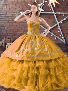 Fancy gold sweet 16 dress sweet 16 y quinceañera con bordados y capas con volantes cariño sin mangas hasta