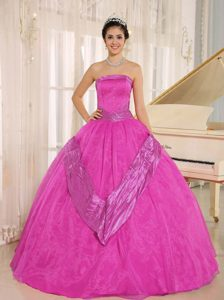 Caliente Rosa Beaded Decorate 2015 Vestidos De Quinceañera Con Estrapless