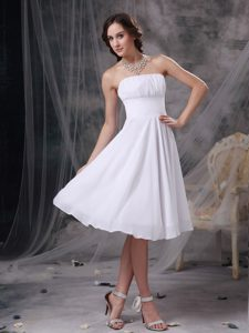 Por Encargo Blanco Corte A Estrapless Homecoming Vestido Chifón Ruch Knee-length