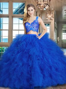 eb309f1bbc5 €367.89 €222.41  Tradicional cepillo de tren de dos piezas 15 vestido de  quinceañera azul real de cuello en